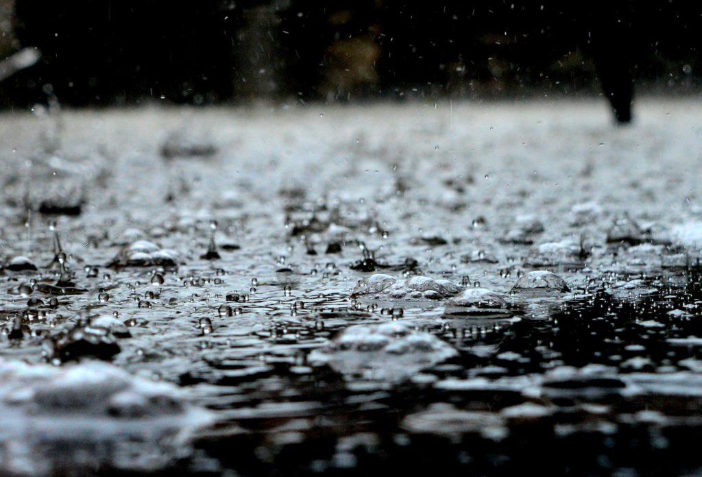 Stop-ringing-ears-rain